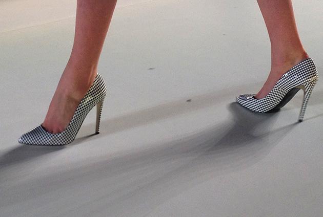 17axdw-baka-shoes