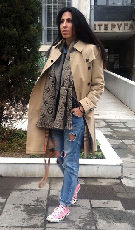 burberry-trench-coat-converse-allstars