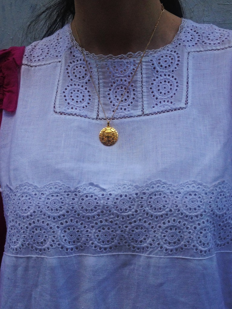 chloe-white-dress-pendant