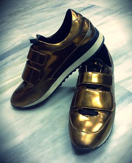 copper-metallic-sneakers