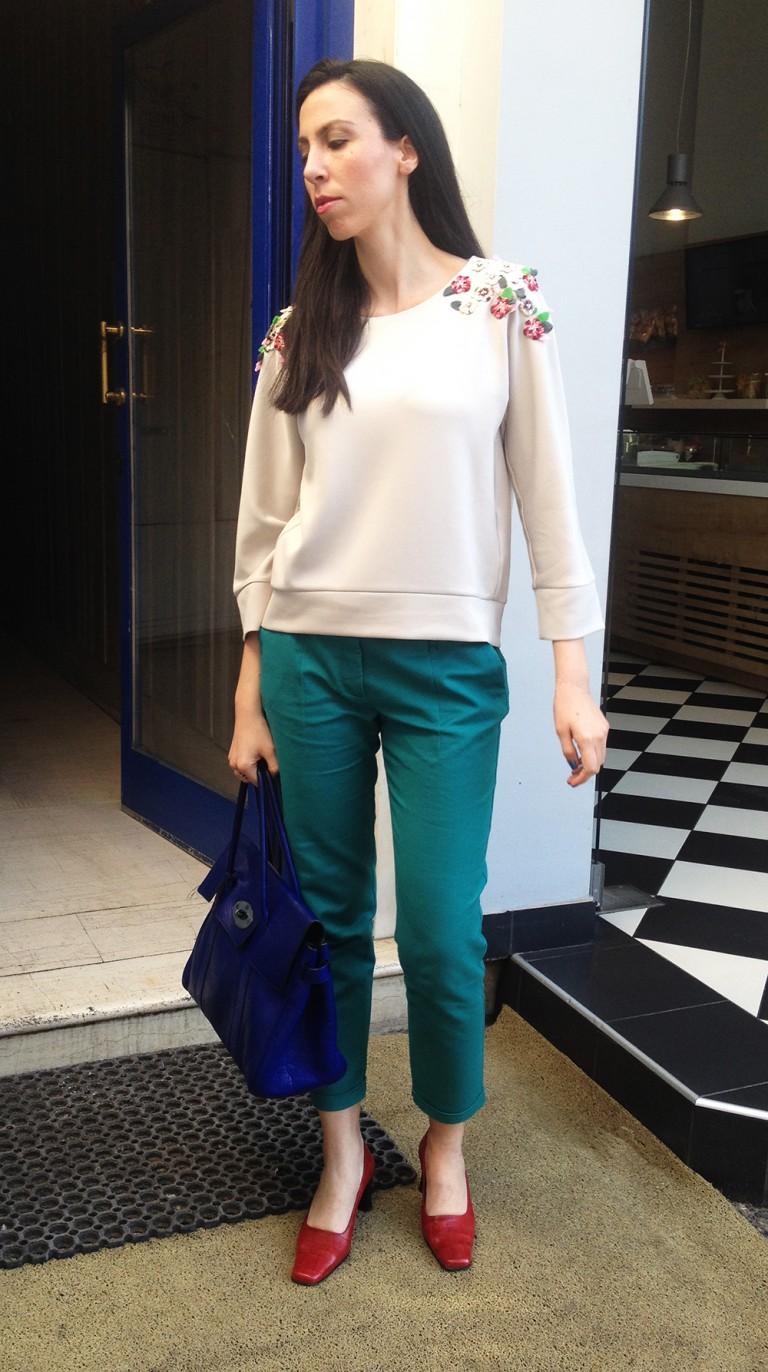 green-pants-embellished-top1