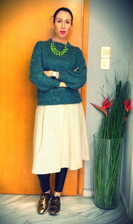 green-pullover