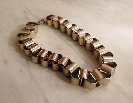silver-chain-stylefax