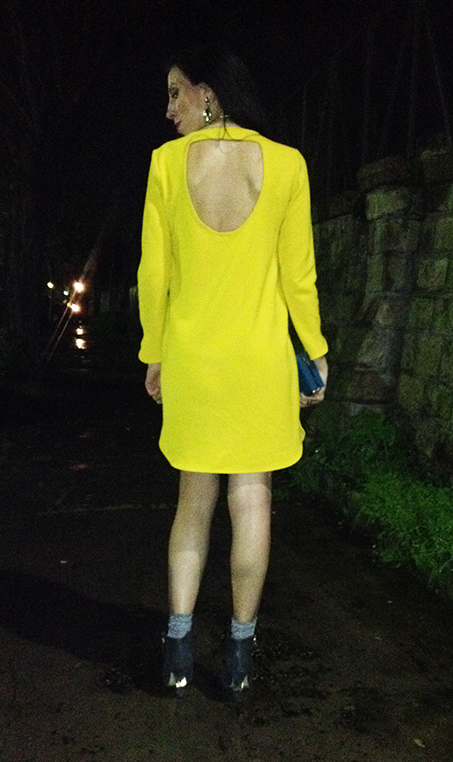 yellow-dress-night3