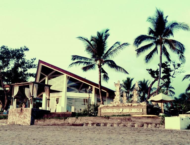 bali-house-on-the-beach