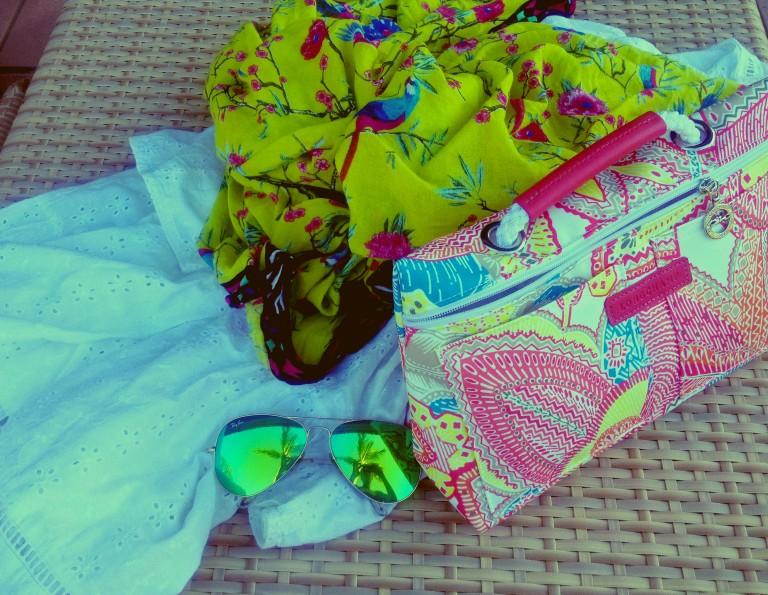 white-beach-dress-longchamp-bag