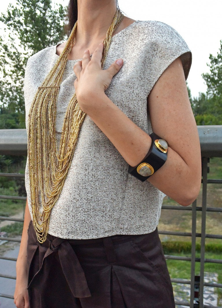 gold-necklace-topshop