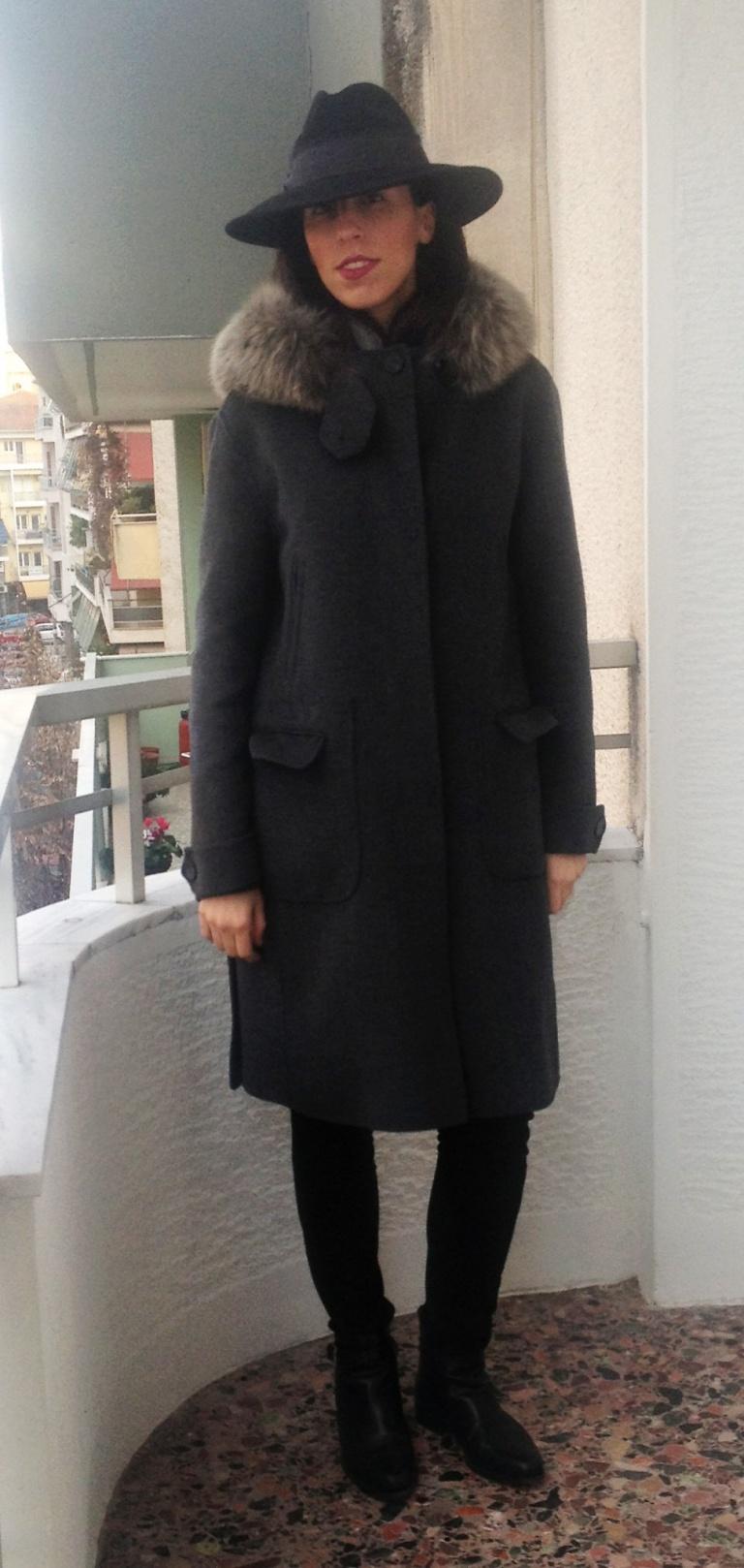 black armani hat