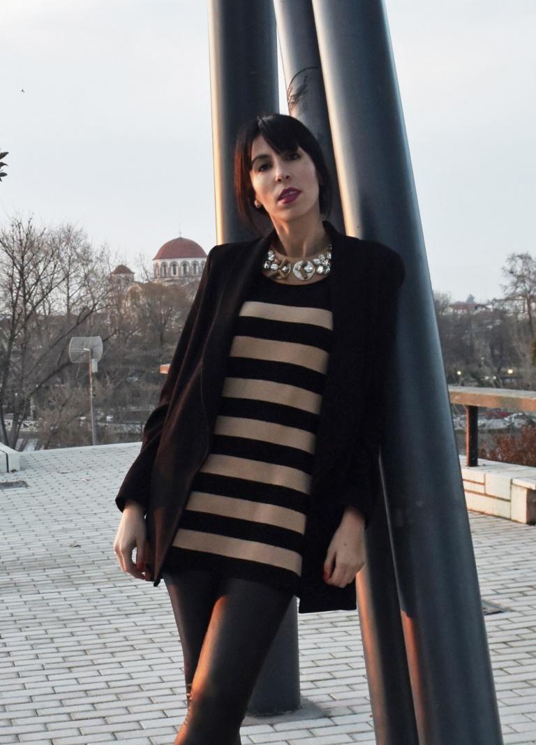 beige-black2