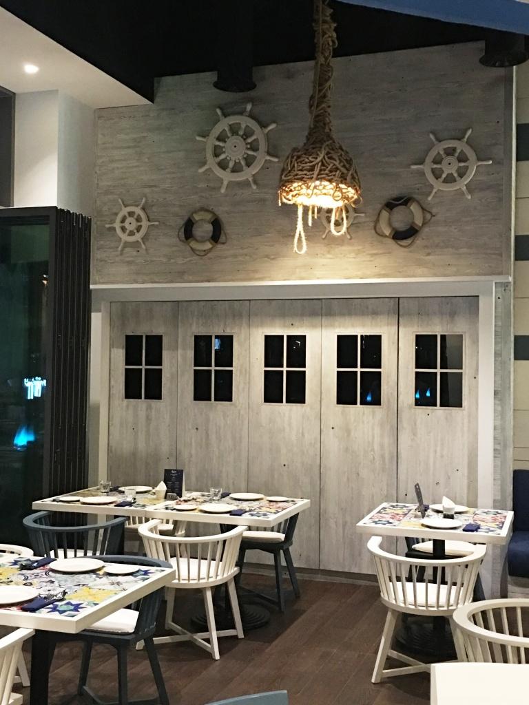 bahria restaurant3