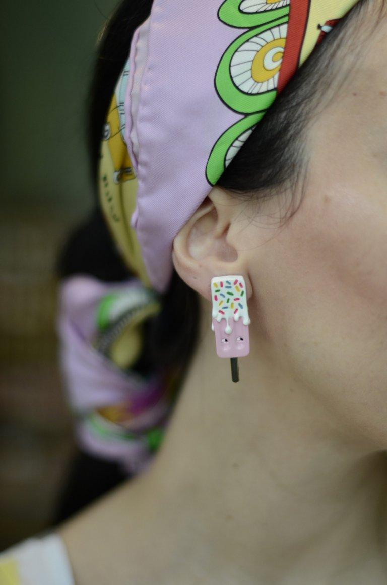 les nereides-candy earrings macro1
