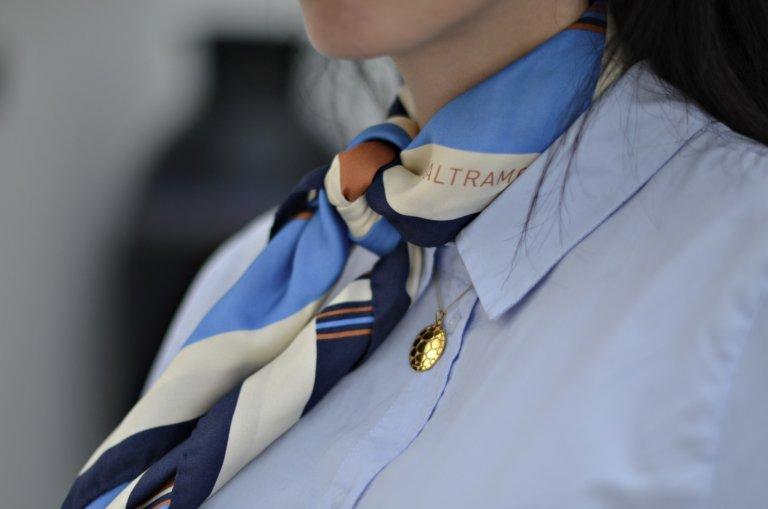 laltramoda scarf-zolotas pendant