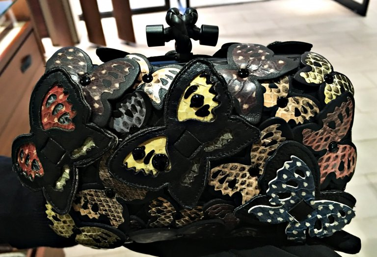bv-butterfly-clutch