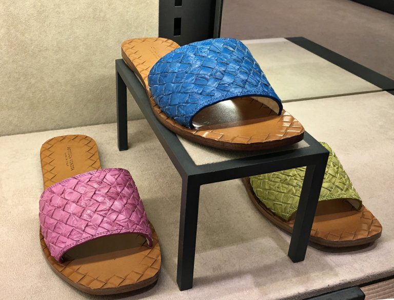 bv-sandals