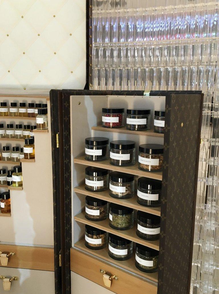 LV perfume - drawer macro