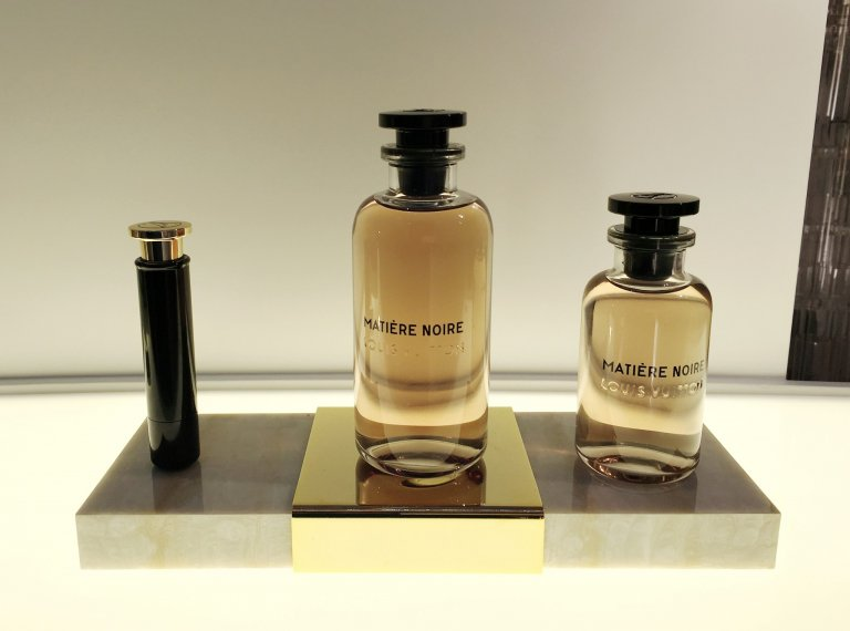 LV perfume-exhibition2