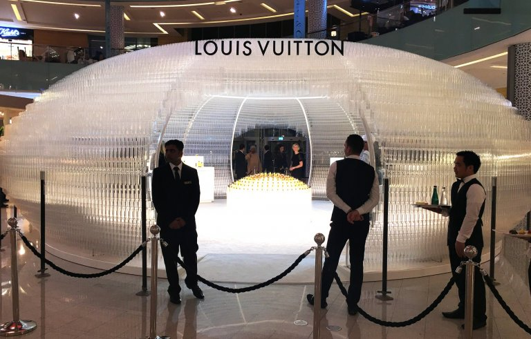 LV perfume-installation