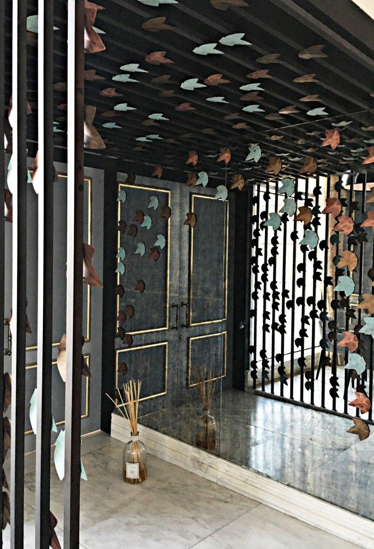 artisan-entrance-interior