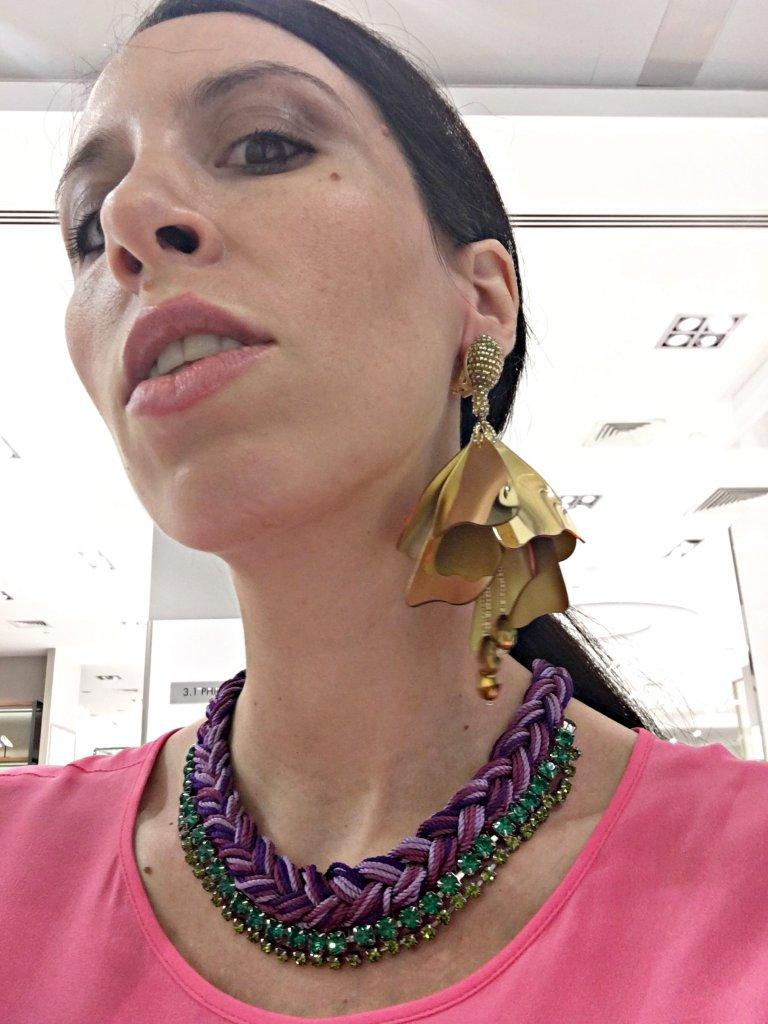 details-oscar-de-la-renta-earrings