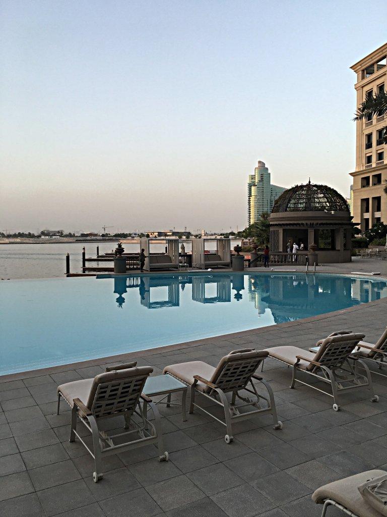 palazzo-versace-pool