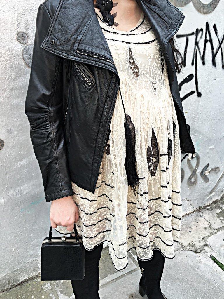 lace-dress-details