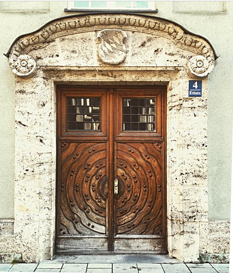 munich-door